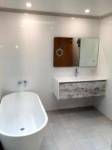 bathroom-design-renovation-004