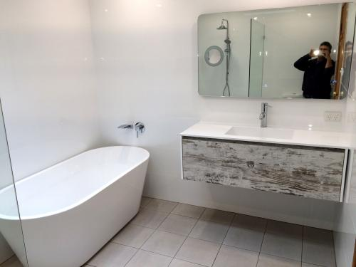 bathroom-design-renovation-007